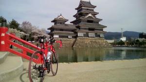 松本城とデロ子